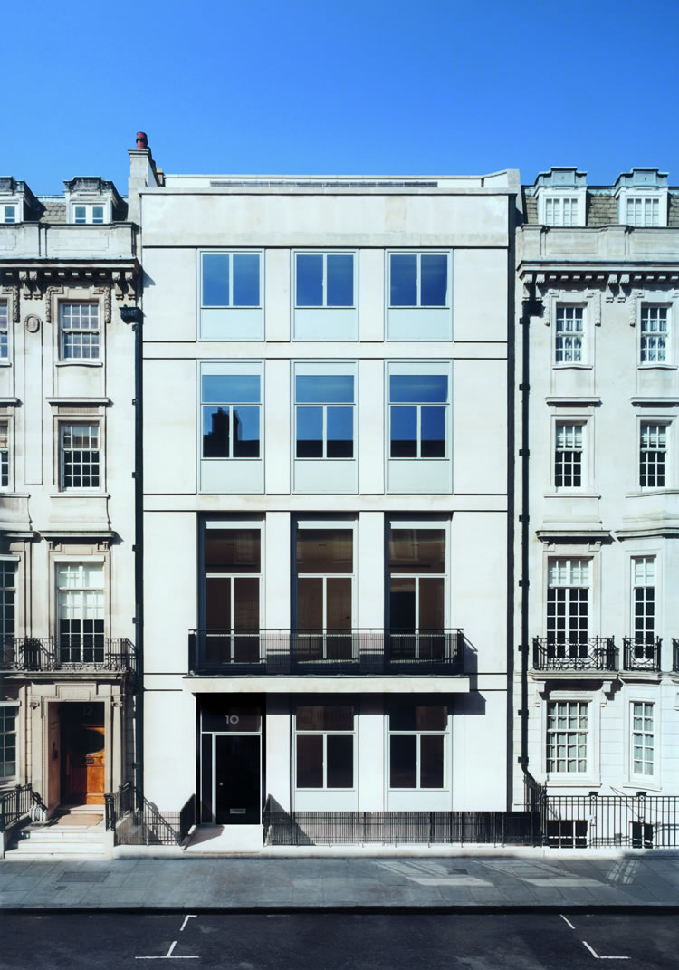 Image of 10 Queen Anne Street